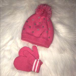 Hat & Mittens Set 💗